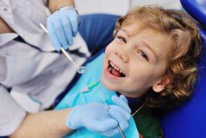 Kinderzahnarzt 300x202 | Dentalzentrum Lörrach